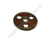 International Camshaft Gear 3064085R1  384 354 374 444 276 434 B250 B275 B414